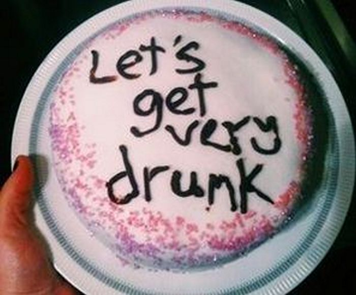 20-fails-and-funny-birthday-cakes-03