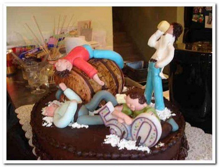 20-fails-and-funny-birthday-cakes-14