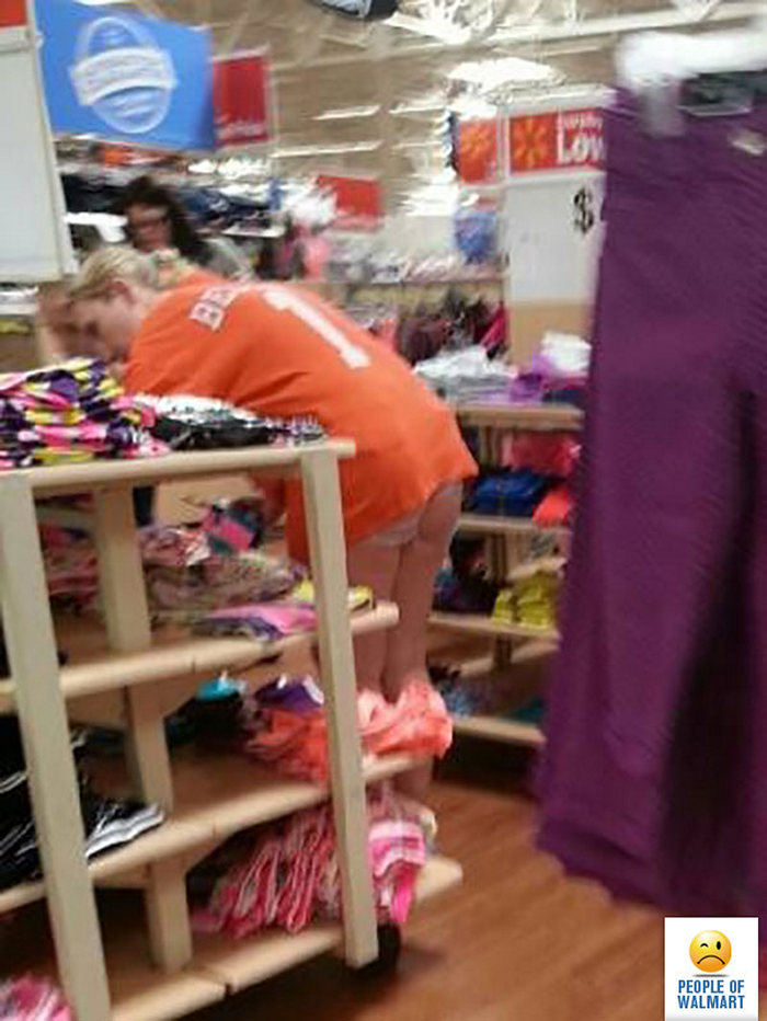 26-of-the-most-viral-funny-people-of-walmart-pictures-01