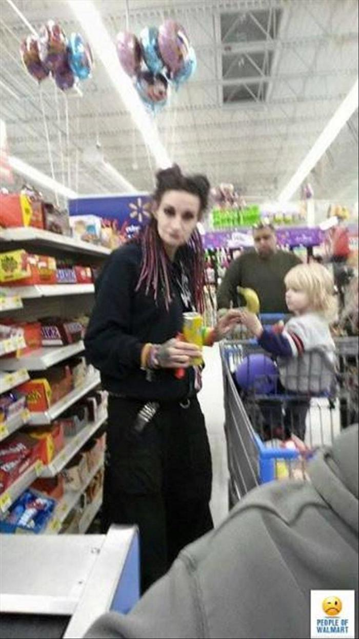 26-of-the-most-viral-funny-people-of-walmart-pictures-10