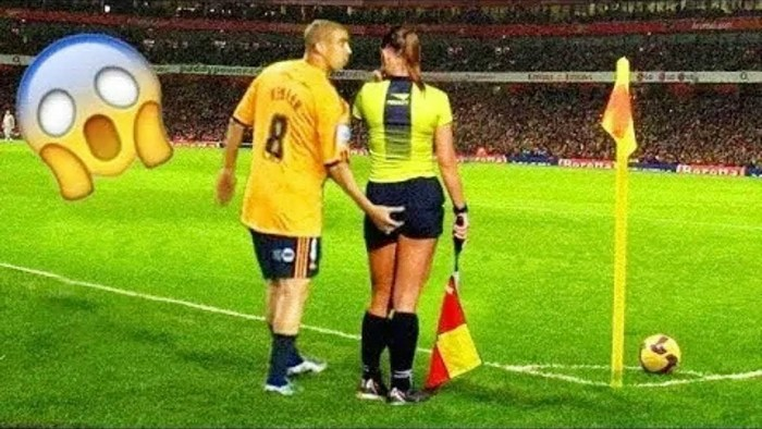 football-female-referee-h0t-funny-moments-22