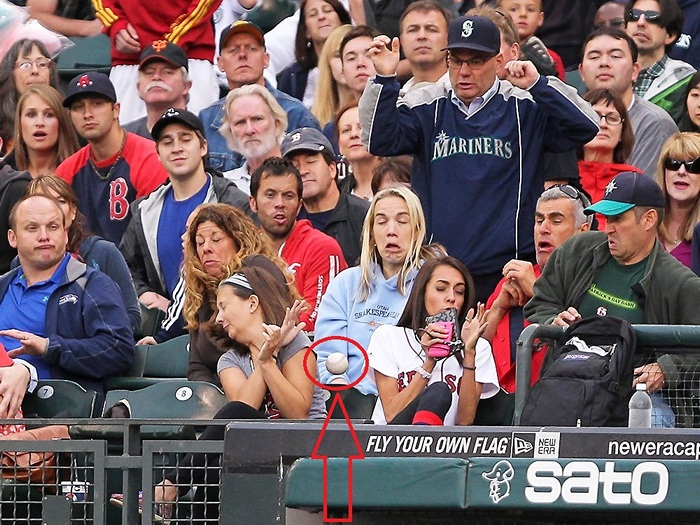 ridiculous-baseball-and-softball-bloopers-and-fails-20-pictures-06