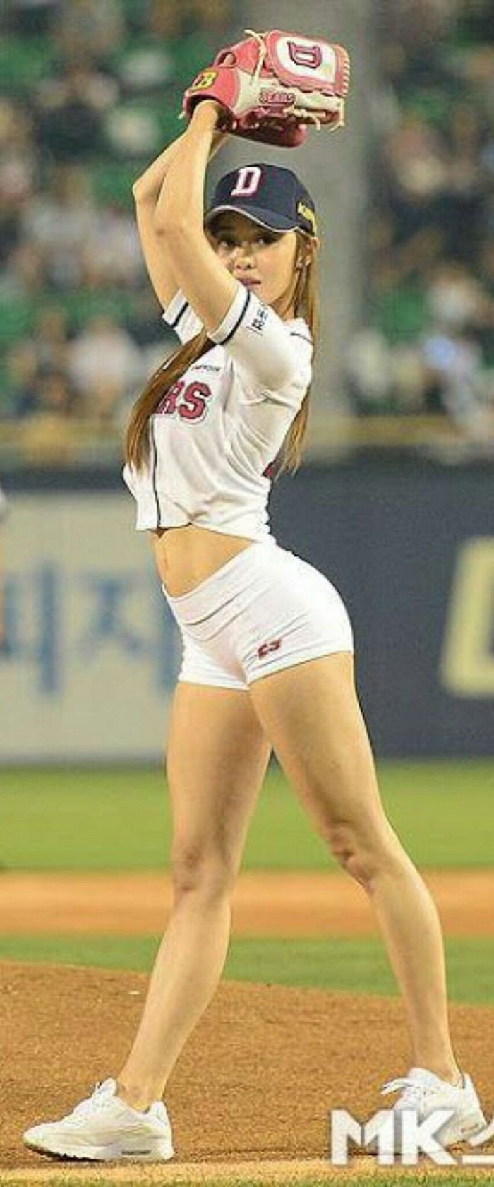 ridiculous-baseball-and-softball-bloopers-and-fails-20-pictures-09