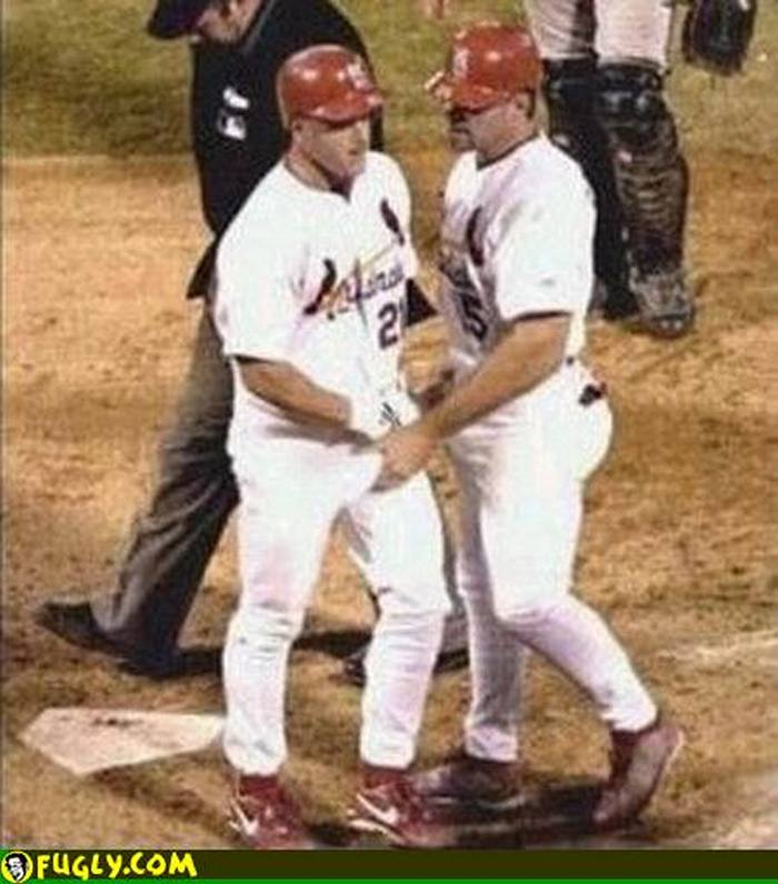 ridiculous-baseball-and-softball-bloopers-and-fails-20-pictures-20