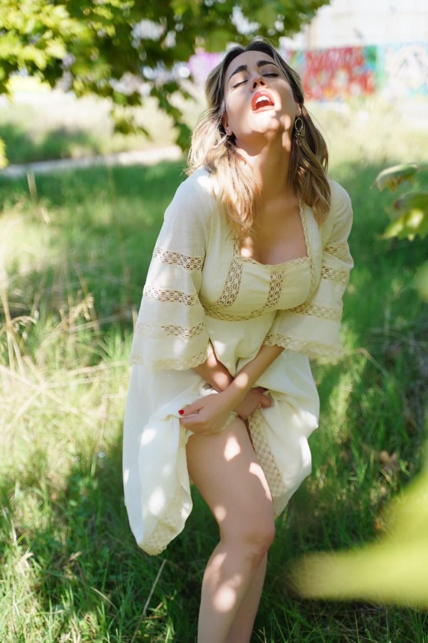 Italian model Paola Saulino-05
